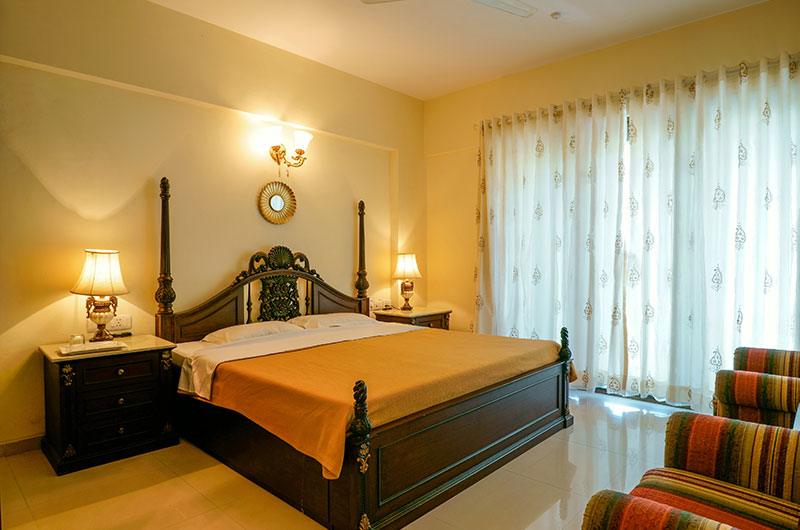 Holiday Homes in Lavasa - Prince Room